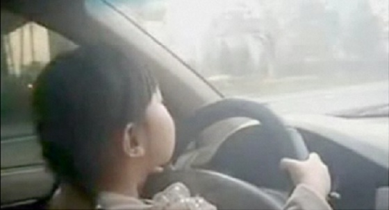 4 Year Old Girl Drives Family Car on China Motorway