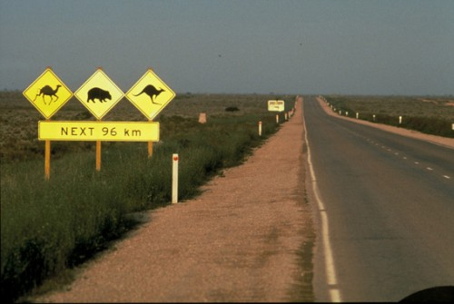 1nullarbor_sign_